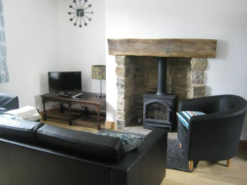 A seating area at Drovers Cottage