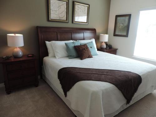 Un ou plusieurs lits dans un hébergement de l'établissement Lucaya Village 8962