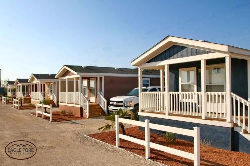 Eagle Ford Village Suites