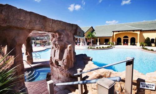 A piscina em ou perto de Paradise Palms-4 Bed Townhome w/Splashpool-3035PP