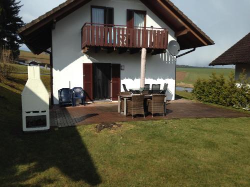 Vakantiehuis 5 Slaapkamers : Tatil evi vakantiehuis met slaapkamers almanya kirchheim