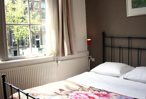 The 10 Best Hostels in Amsterdam, Netherlands | Booking.com
