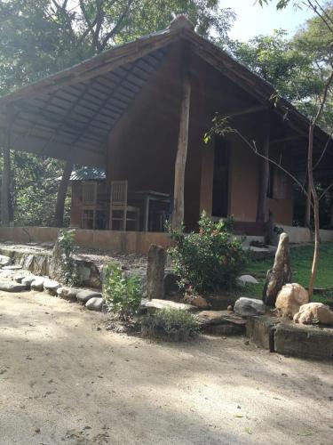 JD's Eco Bungalow, Buttala, Sri Lanka - Booking com
