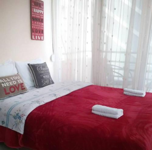 A bed or beds in a room at Nice & Quiet Apartment in Best Area