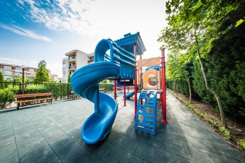 Children's play area at Holiday and Orchid Fort Noks Apartments