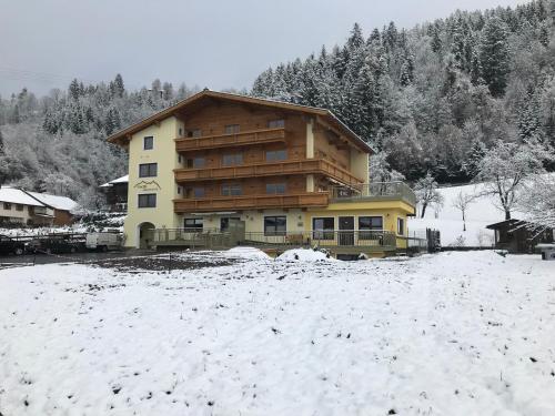Fiechtl Apartments