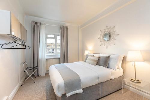Grand Swiss Cottage Apartment