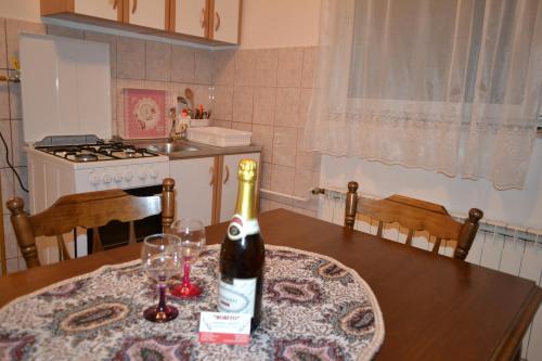 Kuhinja oz. manjša kuhinja v nastanitvi Apartments Bobito