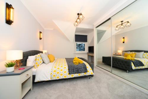 The Luxury Hideout Apartment