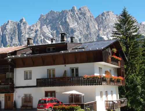 B&B Alverà, Cortina d'Ampezzo – Precios actualizados 2019