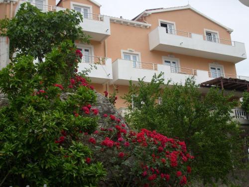 Apartments Bovan