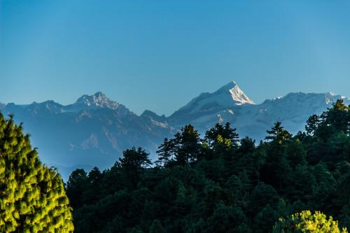 Everest Window View Nagarkot Harga Terkini 2019