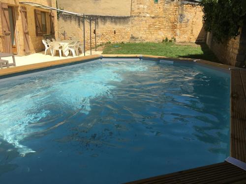 Bazén v ubytovaní La Maison Haute alebo v jeho blízkosti
