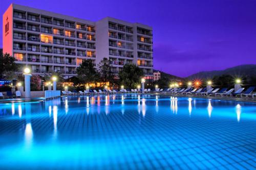 Tusan Beach Resort - All Inclusive