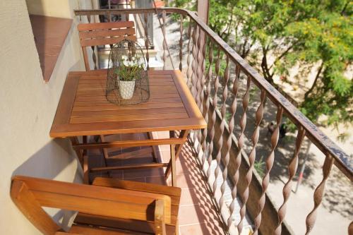 A balcony or terrace at Boutique Apartment Sagrada Familia