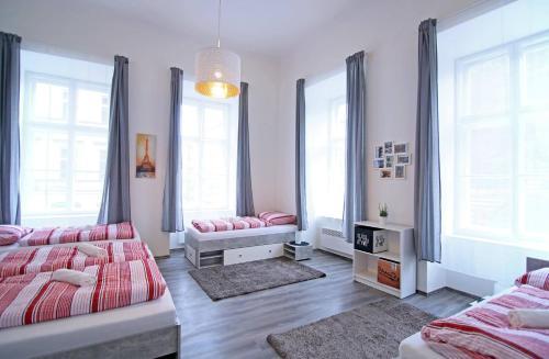 Гостиная зона в Spacious Apartment Újezd
