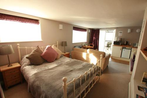 Легло или легла в стая в Bath Boating Station