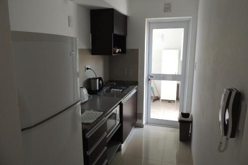 A kitchen or kitchenette at Chivilrent
