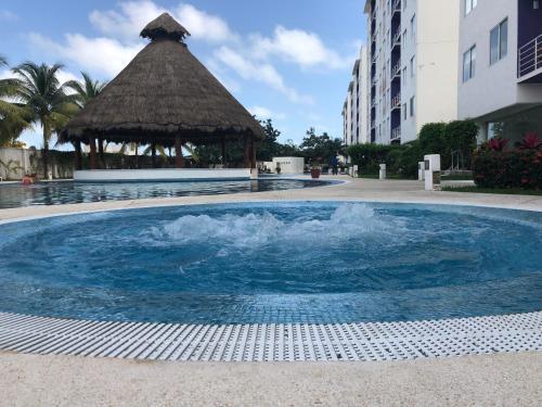 The swimming pool at or near Habitalia Apartment
