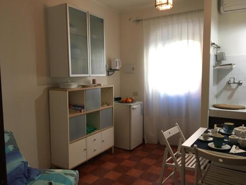 A kitchen or kitchenette at La Piccola Circe