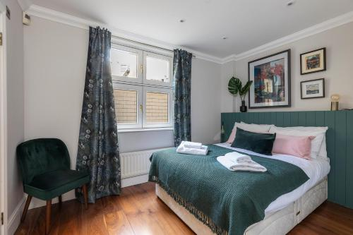 Mayfair Chic And Splendid Flat