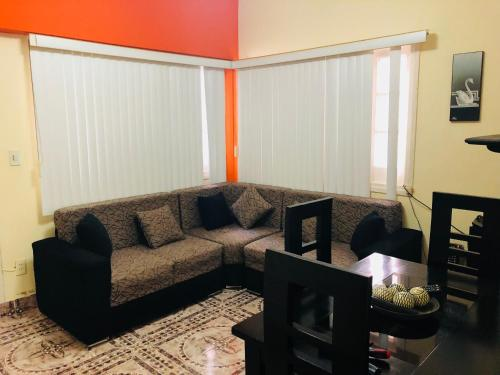 A seating area at Apartamento Independiente