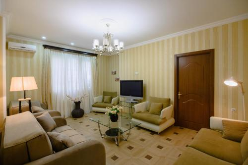 Гостиная зона в Comfortable and cozy apartment in the very center of Tbilisi