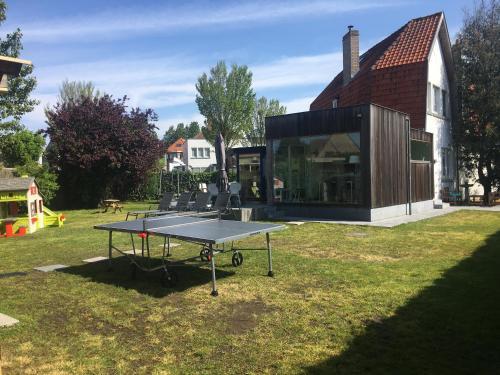 Stolni tenis u objektu Cottage Fleuri ili u blizini