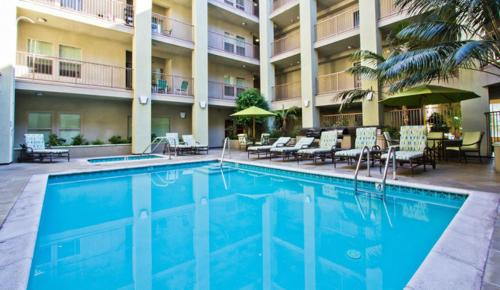 The Ruby Luxury Apartment Weho / Hollywood