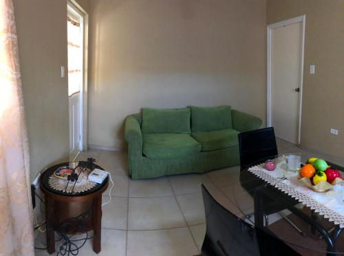 A seating area at Mahuma Apartments