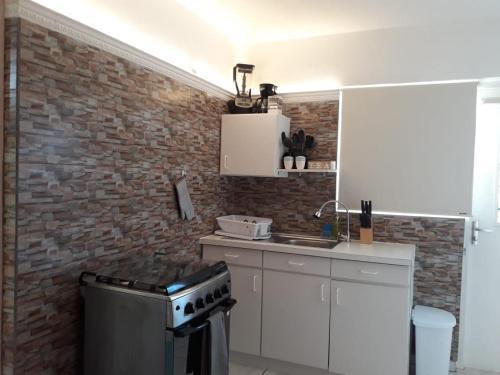 A kitchen or kitchenette at Sabanilla Hills