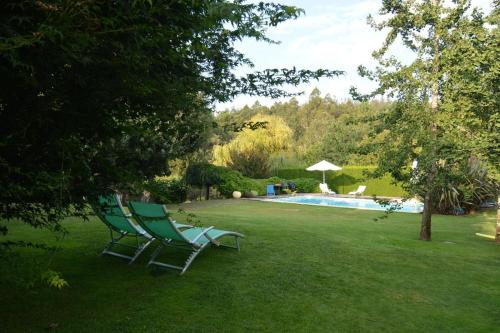 The swimming pool at or near Chalet Las Encinas