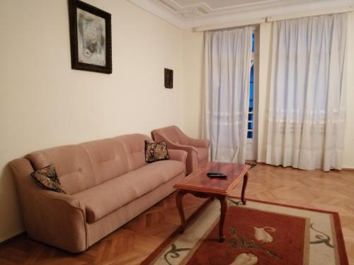 Гостиная зона в Apartment on Rustaveli 41