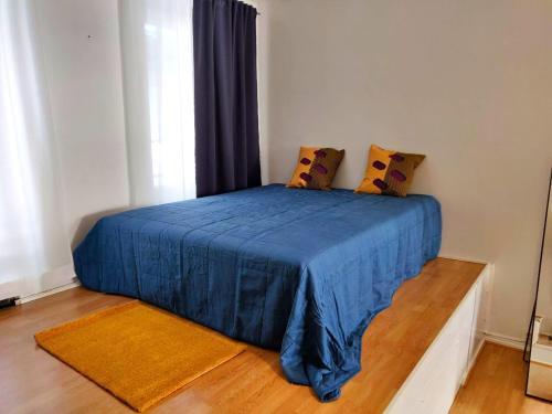 Postel nebo postele na pokoji v ubytování Spacious 44m2 STUDIO apartment in Helsinki city center