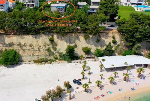 Ptičja perspektiva objekta Beachfront Apartment Mala Tereza