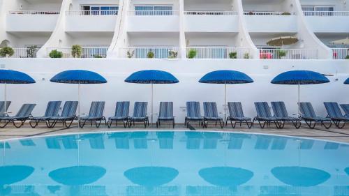 The swimming pool at or near Santa Barbara Golf and Ocean Club By Diamond Resorts
