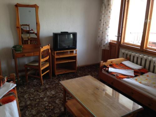Katerina Family Hotel