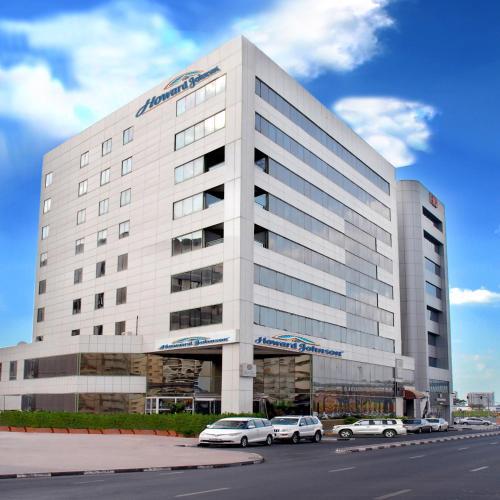 Hotel howard johnson bur dubai uae for Dubai hotel booking
