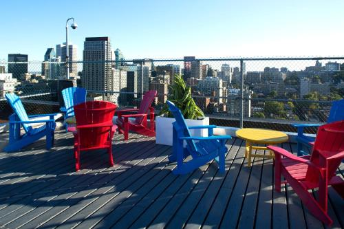 Children's play area at Trylon Appartements Hotel