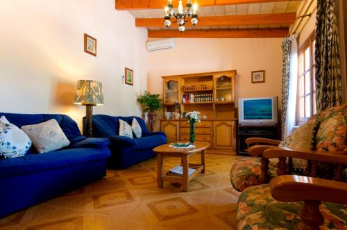 A seating area at Villa Francisco