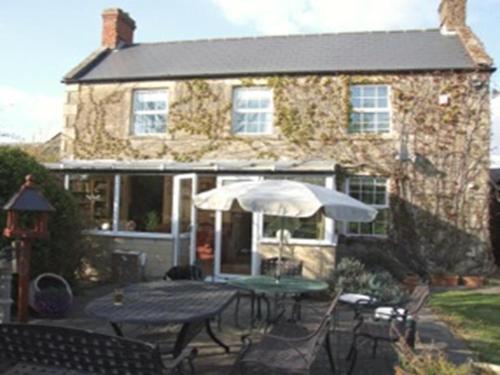 Romsey Oak Farmhouse and Cottages