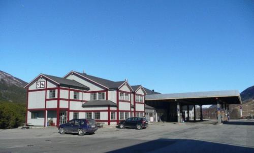 Dovre Motel