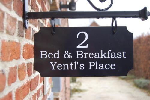 B&B Yentl's Place