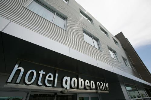 戈貝歐公園酒店