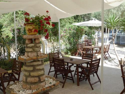 Εστιατόριο ή άλλο μέρος για φαγητό στο Oceanis Rooms