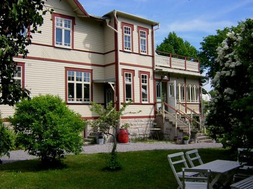 Villa Badhusgatan B&B