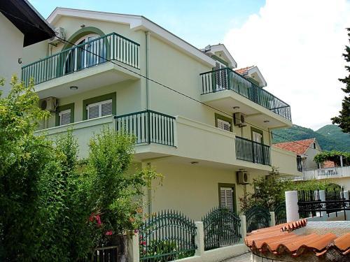 Apartments Odalović