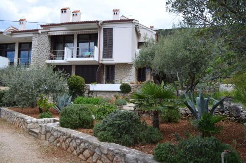 Apartments Palma & Pino