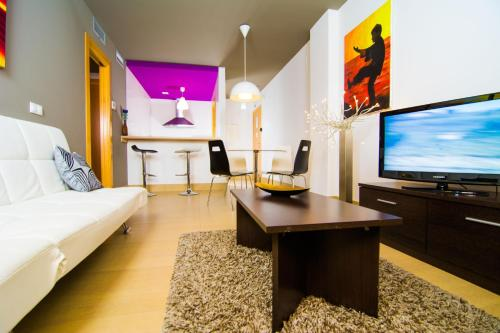 Apartamentos 16:9 Suites Almería