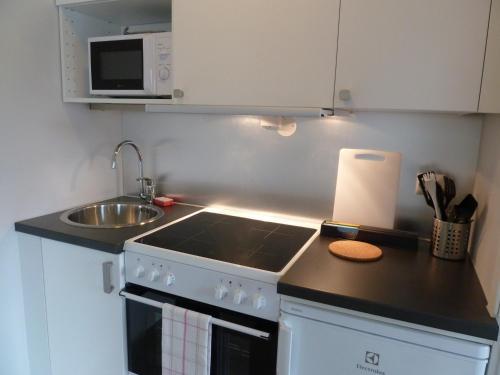 Küche/Küchenzeile in der Unterkunft Lilland Hotell Apartments